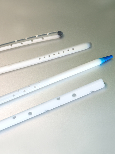 catheter hole forming examples